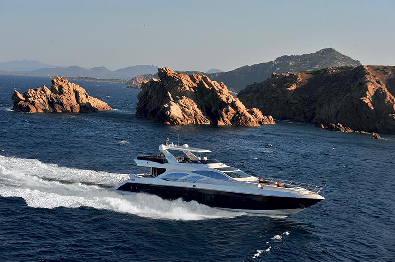 luxuo-id-pretty-fly-azimut-100-leonardo-superyacht