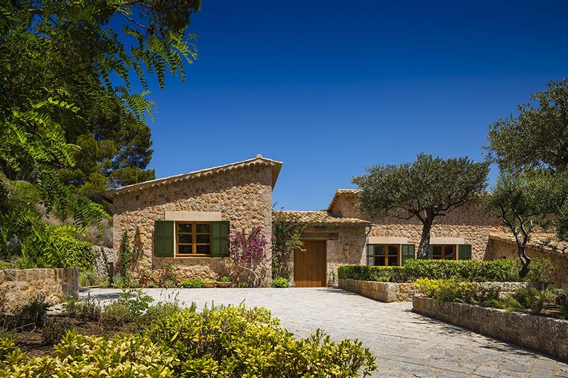 richard-branson-luncurkan-villa-spanyol-eksklusif-son-bunyola-estate-mallorca