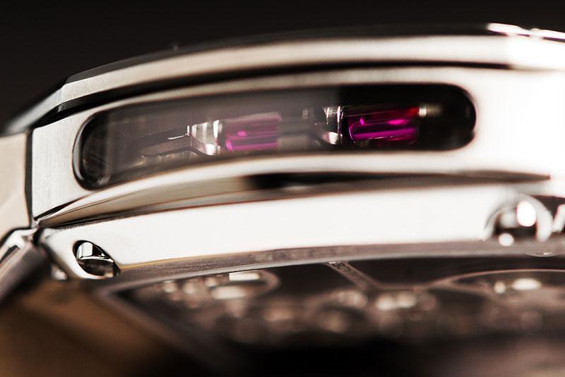 luxuo-id-reflect_tourbillon-ei-flat-detail1