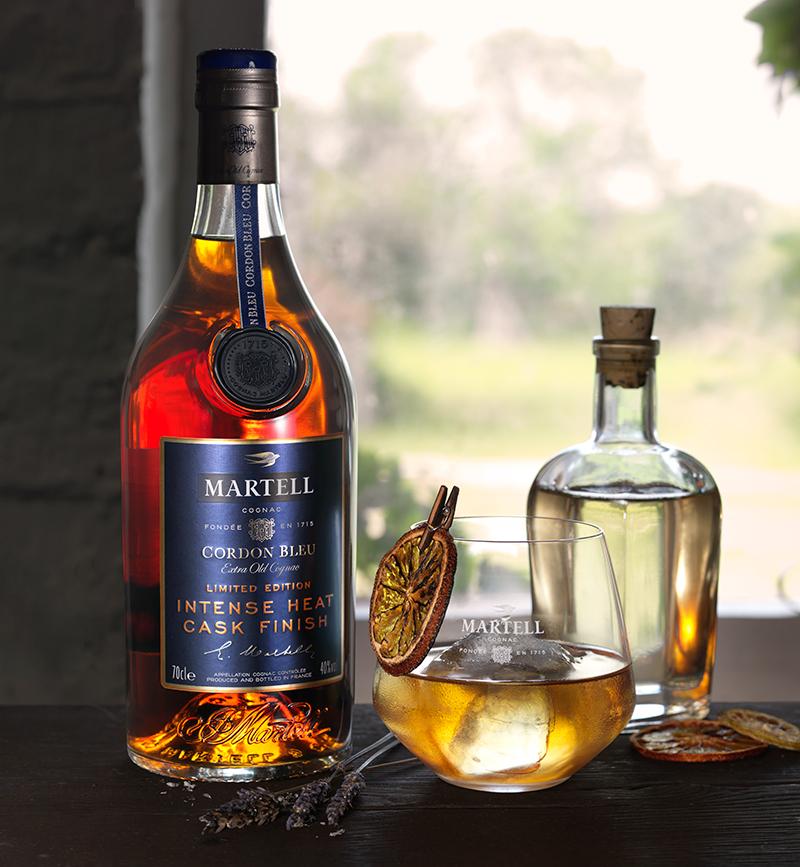 luxuo-id-martell-cordon-bleu-intense-heat-moodshot-cocktail-close-up
