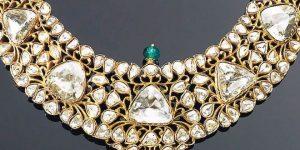 Catatan pelelangan perhiasan Christie Maharaja & Mughal menjadi contoh bagaimana Smart Brands masuk menjadi bagian di dalamnya.